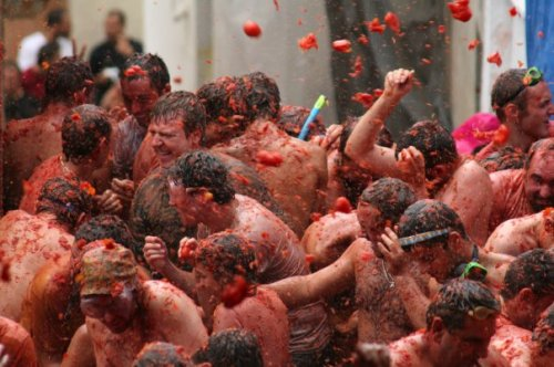 Rainbow Travel Inc - La Tomatina